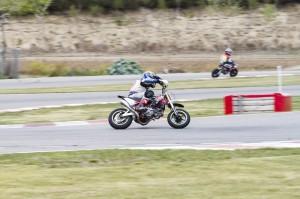 Motos 104