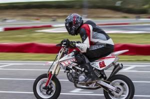 Motos 176