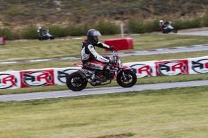 Motos 200